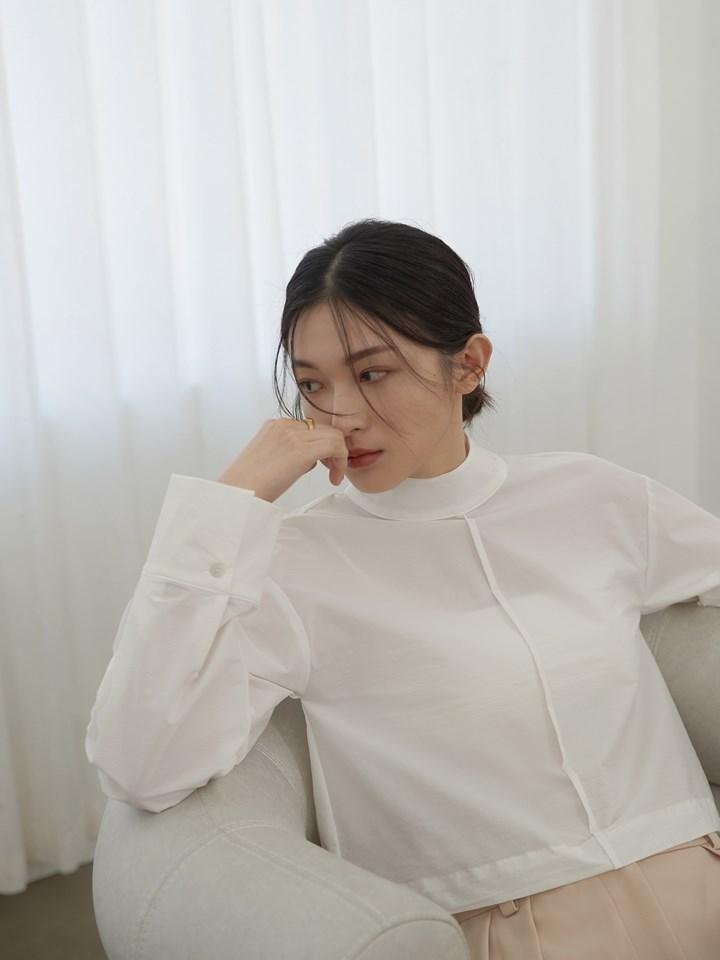 立領後釦式短版襯衫