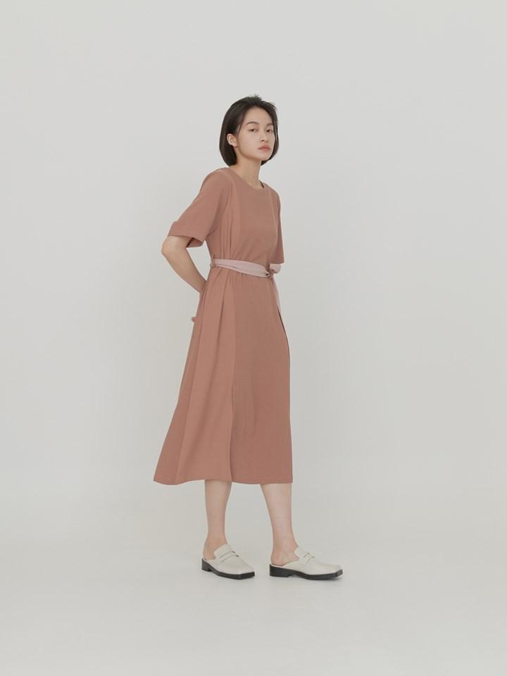 拼色設計墊肩短袖洋裝(附綁帶)