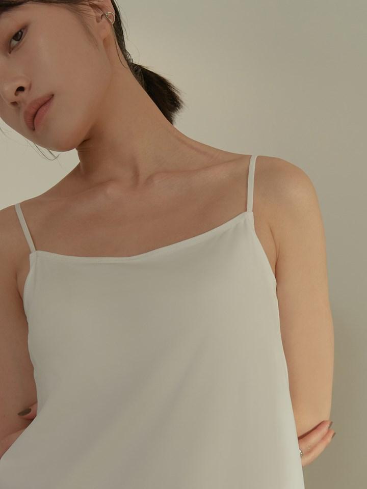 牛奶絲細肩帶洋裝(附bra)