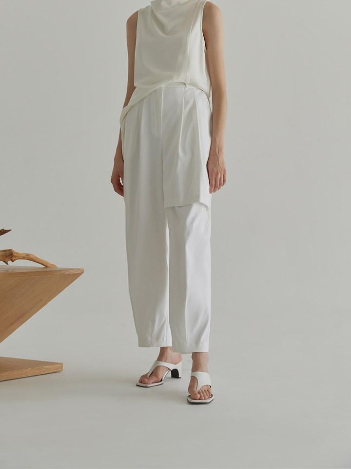High-rise Balloon Trousers高腰挺版繭型褲