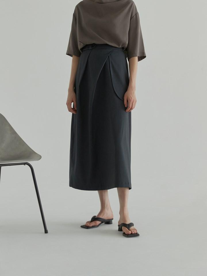 Asymmetric Pleated Skirt 不對稱雙褶A字裙