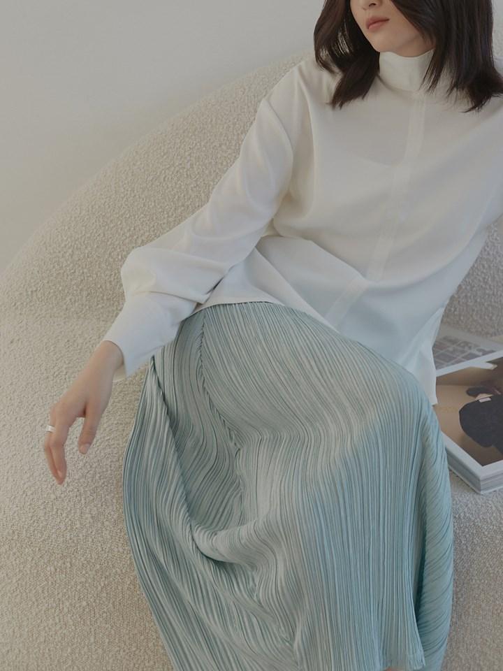圓弧細褶半身裙